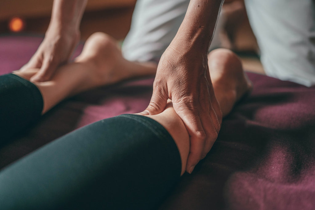 Having Trouble Moving Your Legs? 4 Treatments That Can Help