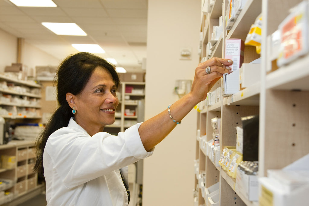 5 Questions You Should Always Ask Your Pharmacist When You Pick Up A New Prescription