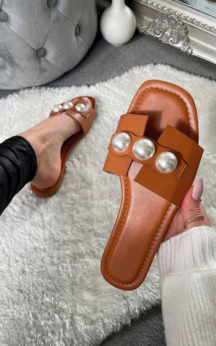 Pearl Sandals Camel