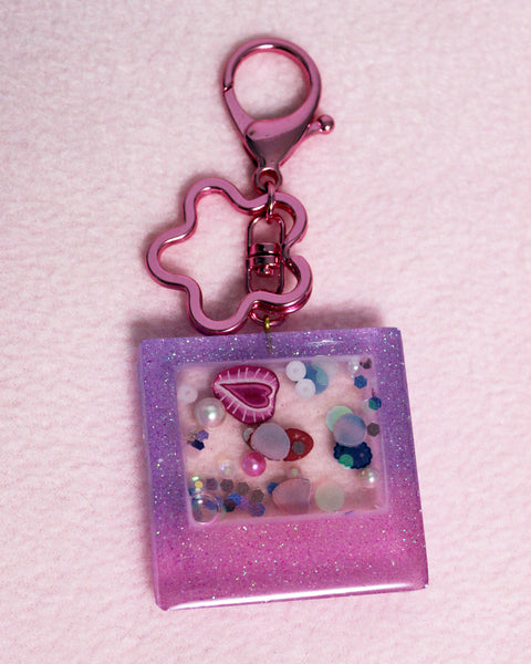 SECONDS Mixed Berry Liquid Filled Polaroid Shaped Shaker Keychain