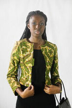 ketepa: Clean Line Lapel-less Jacket with a Well-Defined Waist