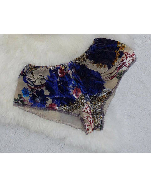 Velvet Floral Shorts - *Only 1L left!*