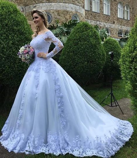 Off the Shoulder Ball Gown Wedding Dress With Long Sleeves , Fashion Bridal Dress BDS0243
