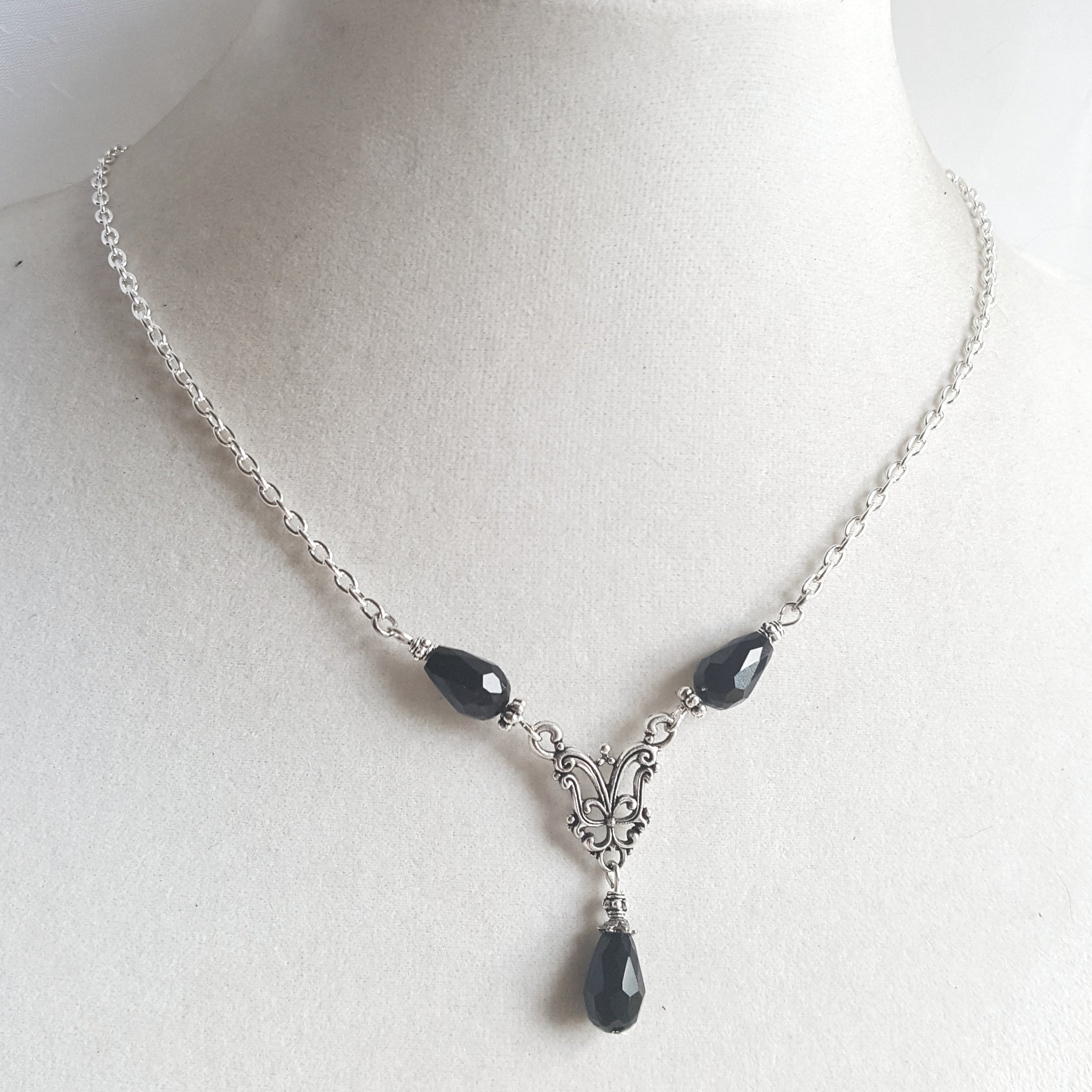 Black Gothic Teardrops Necklace Victorian Jewelry - DRAVYNMOOR