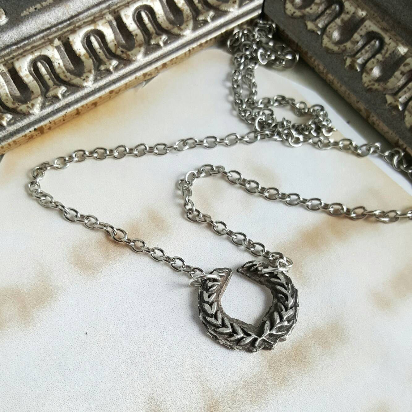 Laurel Crown Necklace - Sterling Silver Necklace - Bridesmaid Gift - Ren Faire - 925 Silver Jewelry - Roman Jewelry - Greek Goddess Cosplay - Handmade Jewelry - Ren Faire - DRAVYNMOOR
