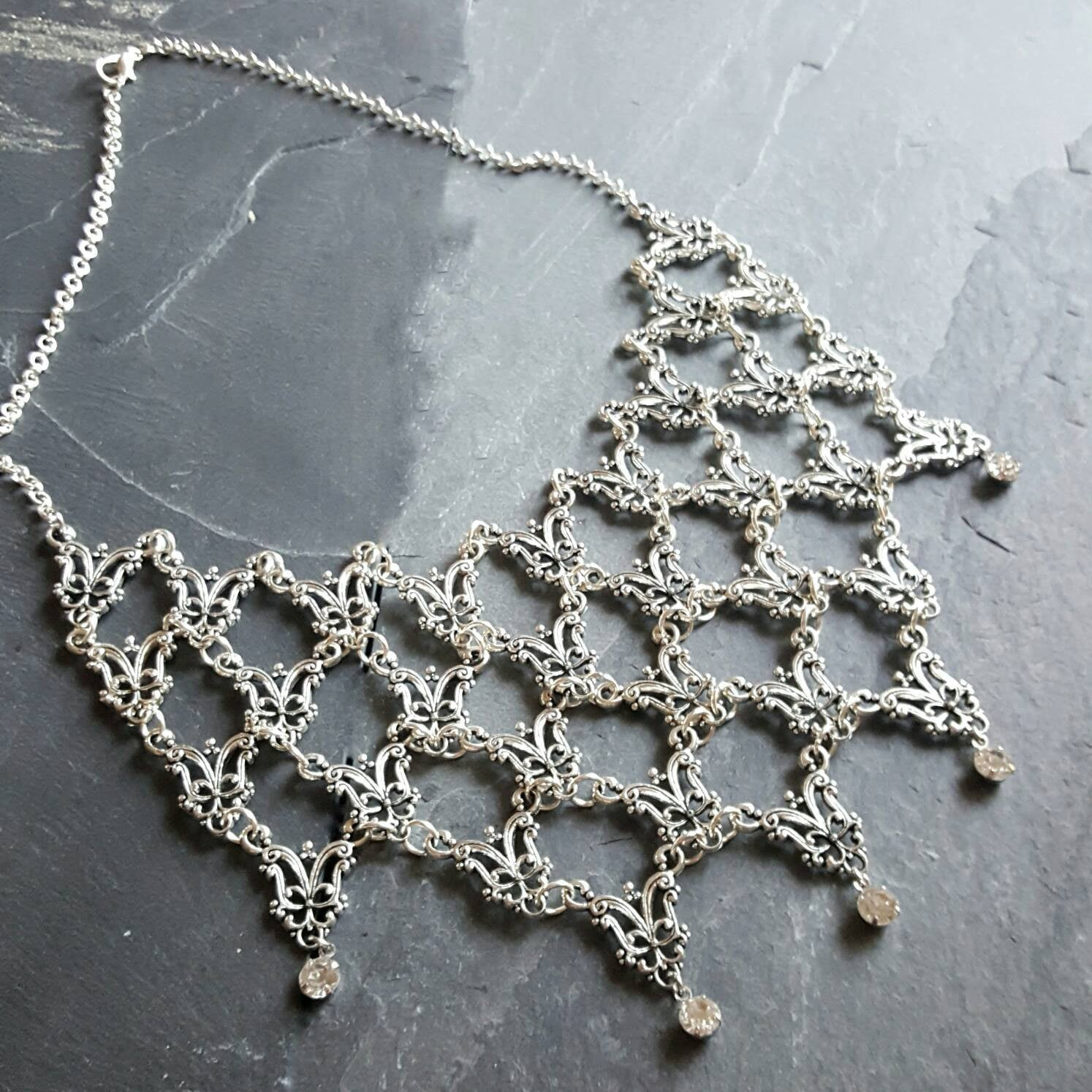 Silver Victorian Necklace - Bridal Jewelry - Ren Faire Costume - Victorian Jewelry - Fantasy Jewelry - Prom Jewelry - Handmade Gift Idea - DRAVYNMOOR