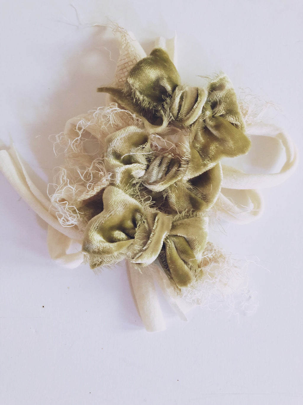 Pear plush velvet bow