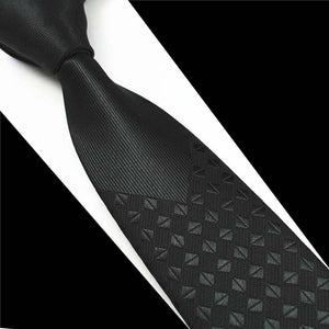 NT215 Erizman London Executive Necktie