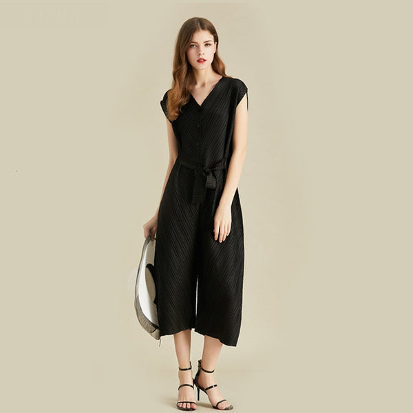 V-neck Black Jumpsuits