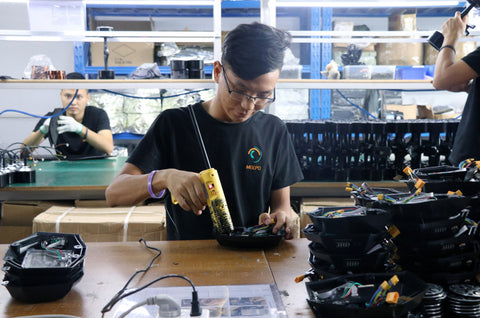 Every detail counts when assembling a Meepo electric skateboard