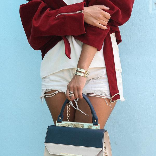 COLETTE INSIDER: BAG SILHOUETTES image