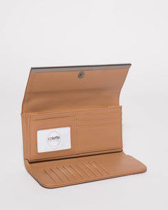 Tan Maisy Straight Bar Wallet
