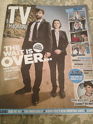 BROADCHURCH DAVID TENNANT PHOTO COVER TV MAGAZINE 2014 EMILIA FOX JOHN MAHONEY