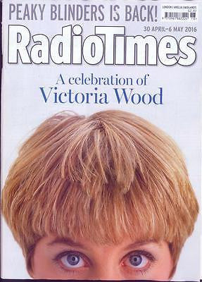 VICTORIA WOOD Aidan Turner CILLIAN MURPHY UK Radio Times Magazine 30 April 2016