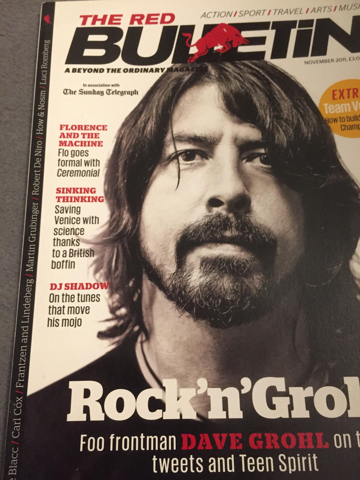 RED BULLETIN MAGAZINE NOVEMBER 2010: DAVE GROHL FLORENCE WELCH AND THE MACHINE