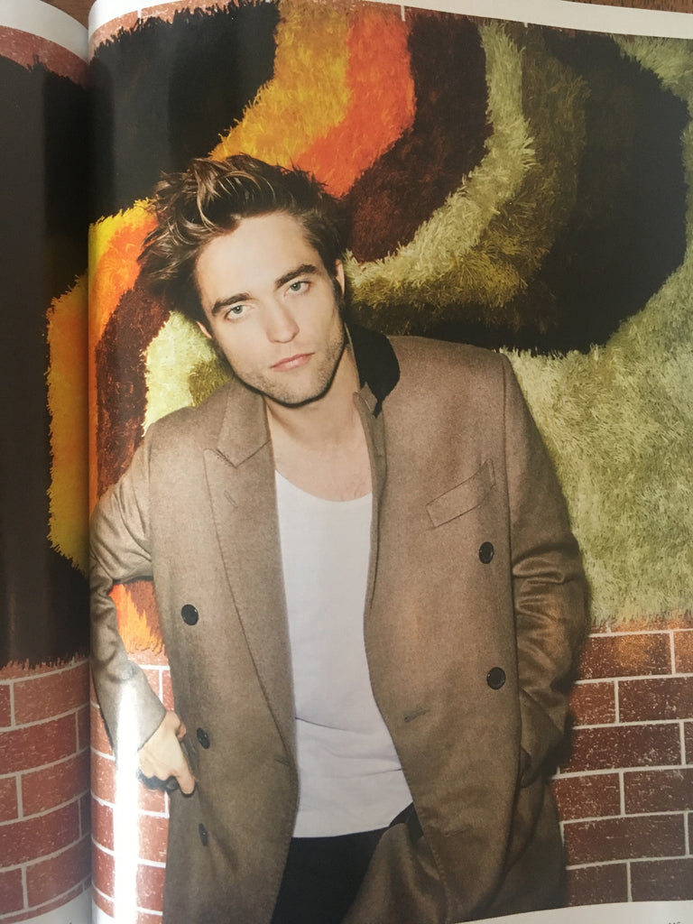 ESQUIRE UK Magazine October 2017 Robert Pattinson Regular Cover