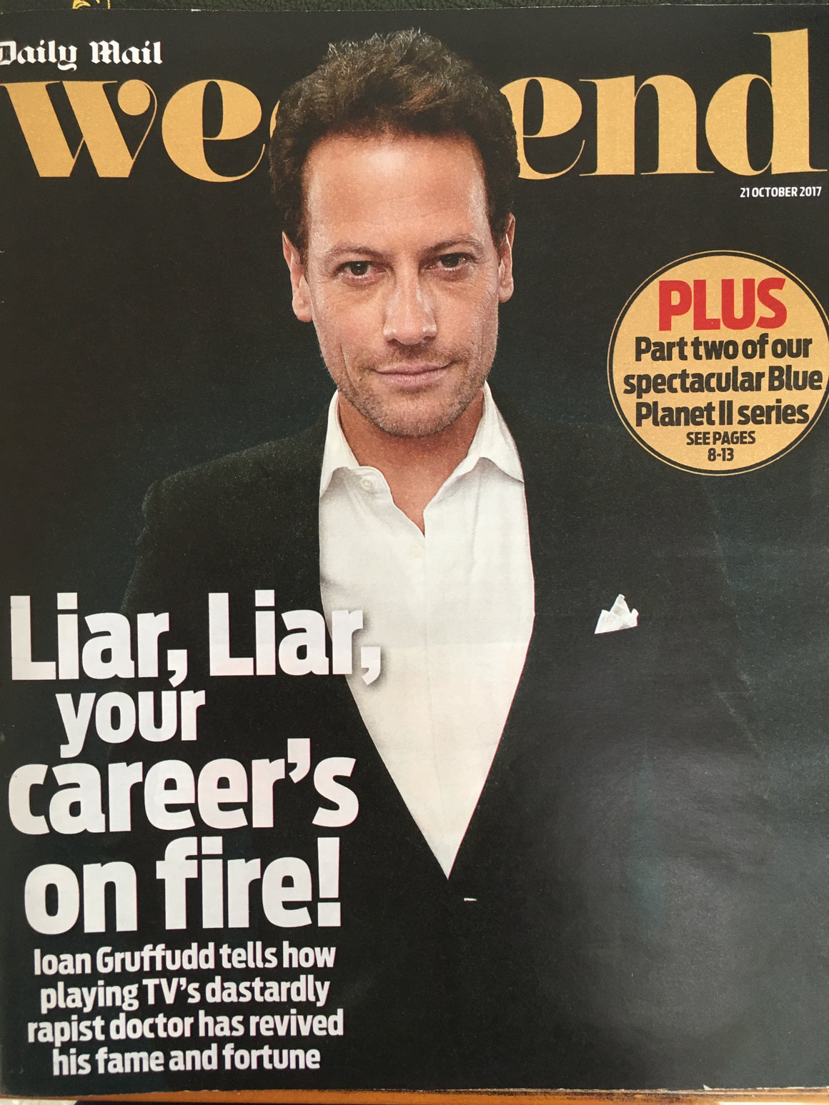 Ioan Gruffudd on the cover of the Weekend Magazine