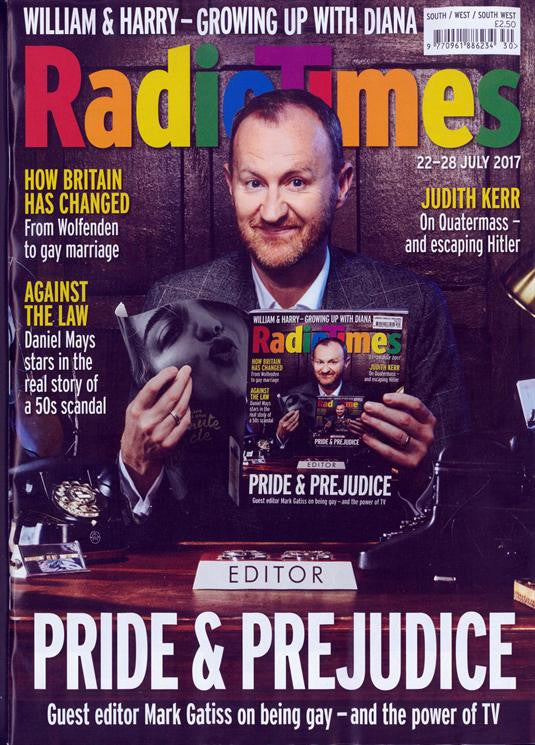 UK Radio Times Magazine 22 July 2017 Mark Gatiss Benedict Cumberbatch Elisabeth Moss