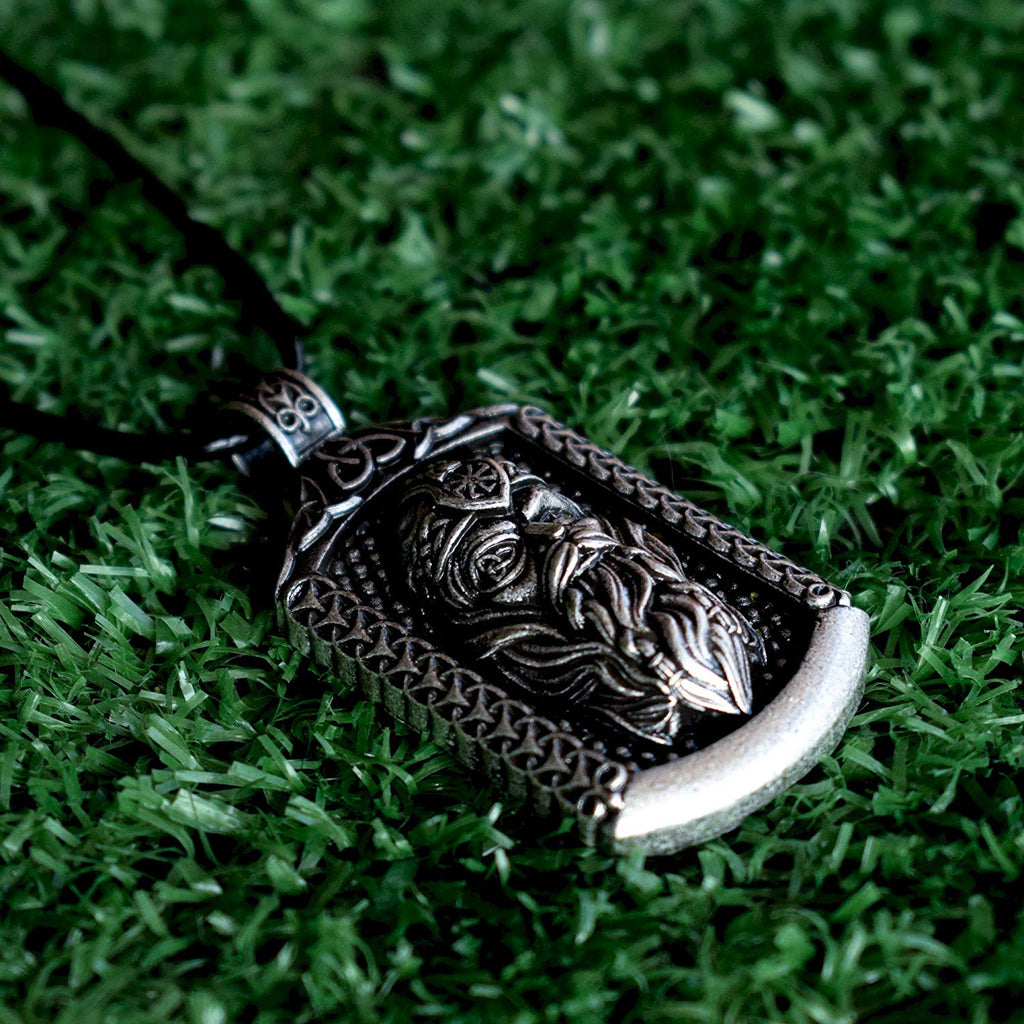 HAQUIL Viking Allfather Odin Viking God Necklace