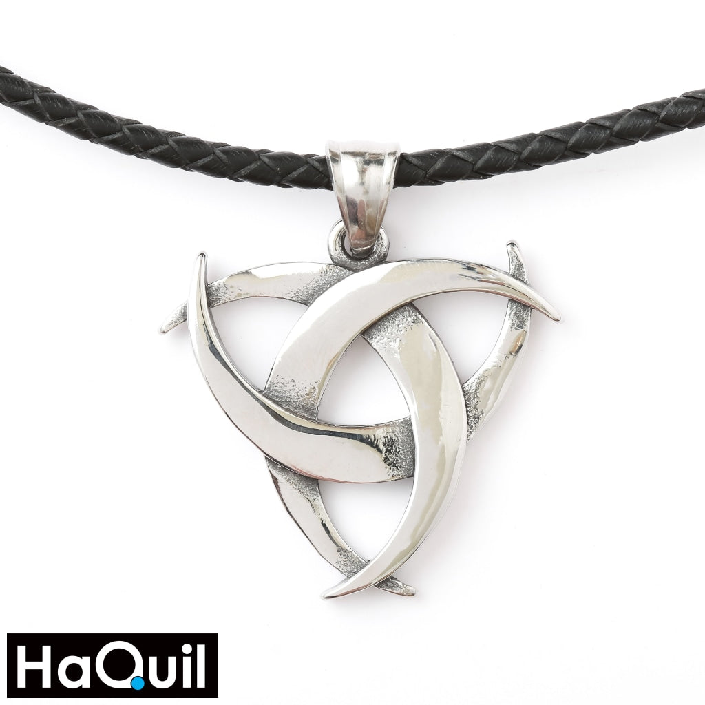 Haquil Viking Celtic Trinity Knot Necklace Stainless-Steel / Womens Metal Jewelry