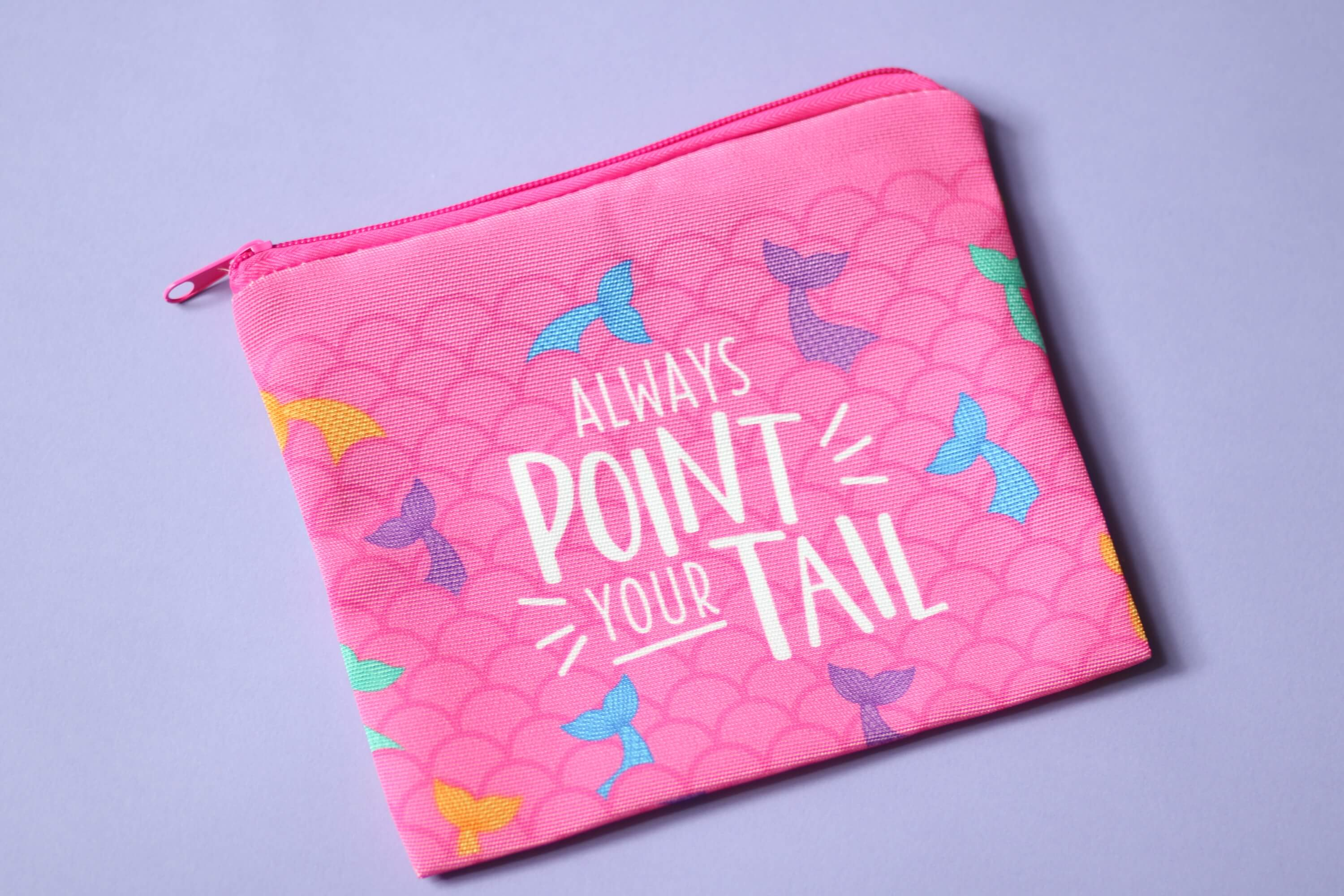 "Mer-Poler ""Always point your tail"" Grip Bag"