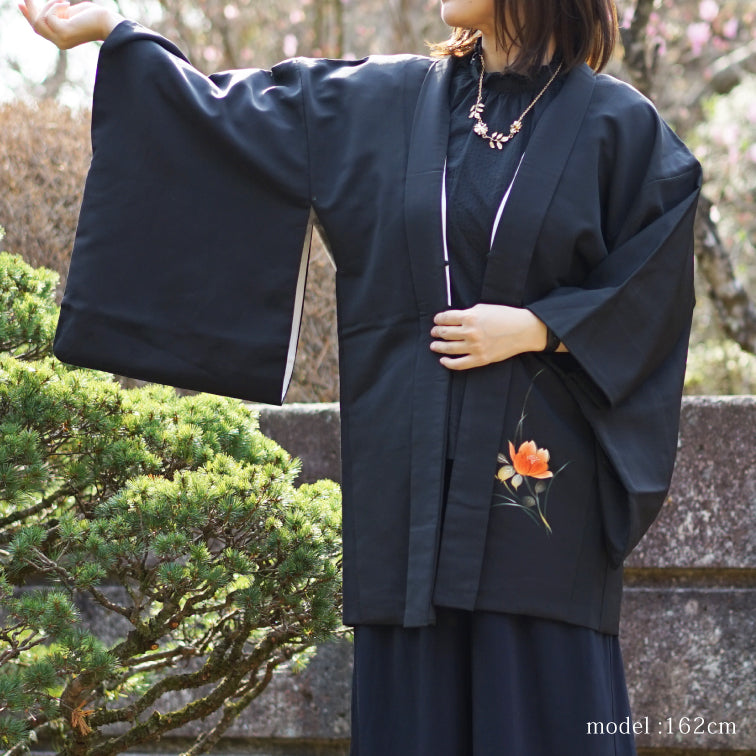 Black haori with beautiful flower painting