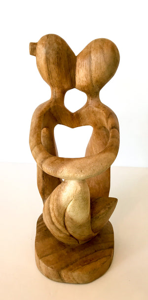 Carved Wine Bottle Holder - Kissing Couple