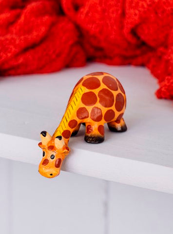 Mini Giraffe Shelf-sitter