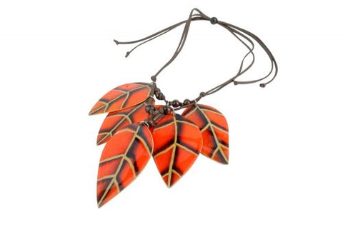 Hojas Collection - Totumo fruit necklaces