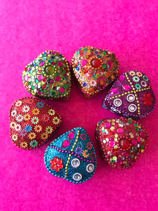 Heart-shaped felt-lined glitter trinket boxes