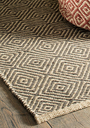 Diamond pattern 100% Jute handloom rugs - 90cm x 150cm