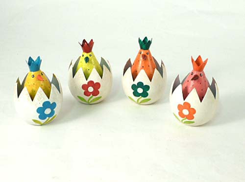 Hatching Chick ornament - Choice of 4 colours
