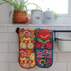 Kaffe Fassett Designs: Double Oven Gloves