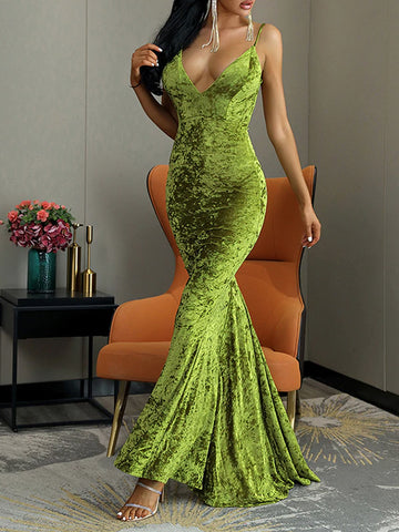 TERCIOPELO Velvet Maxi Dress in Green