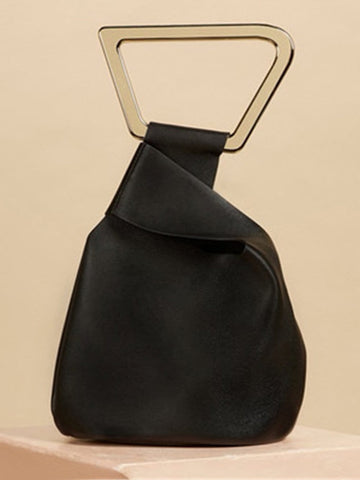PATRICIA Bucket-Handbag in Black