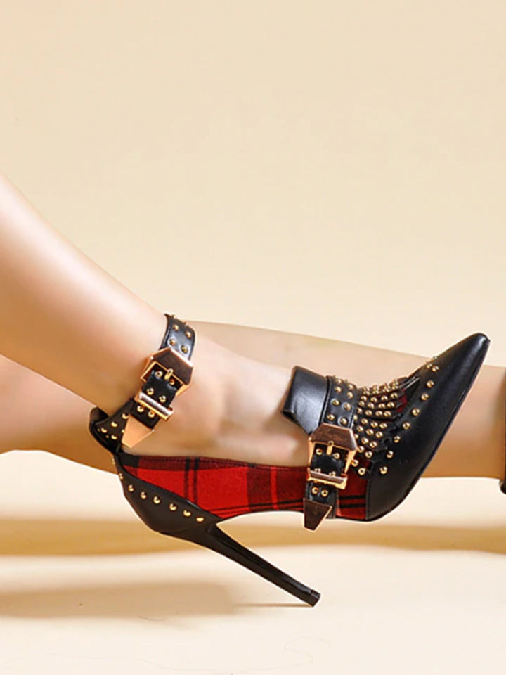 Studs Plaid Pumps