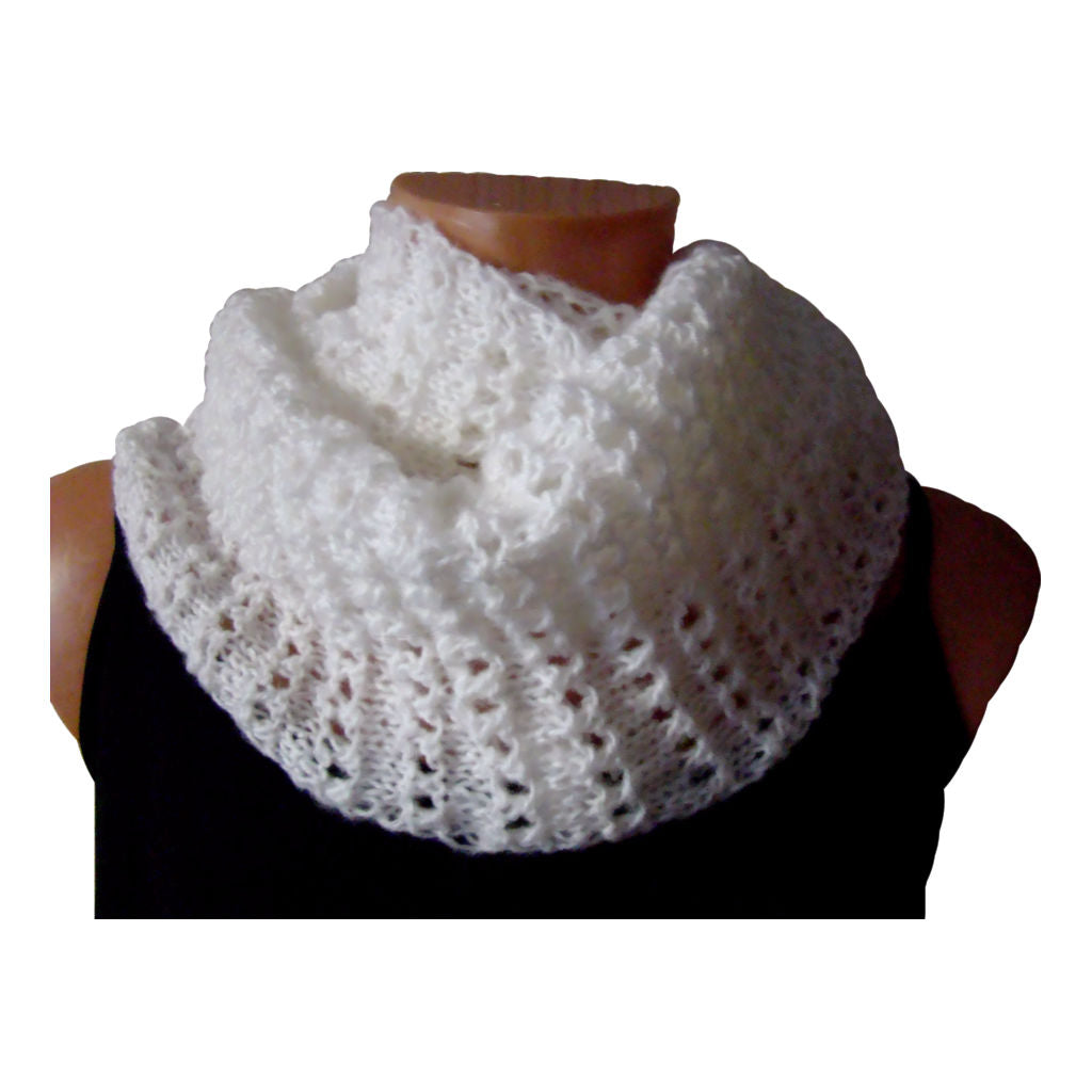 Sebix - Warm Wooly White Twisted Snood Scarf 1