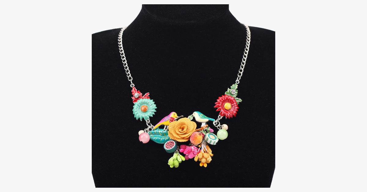 Flower Pendant Necklace - FREE SHIP DEALS