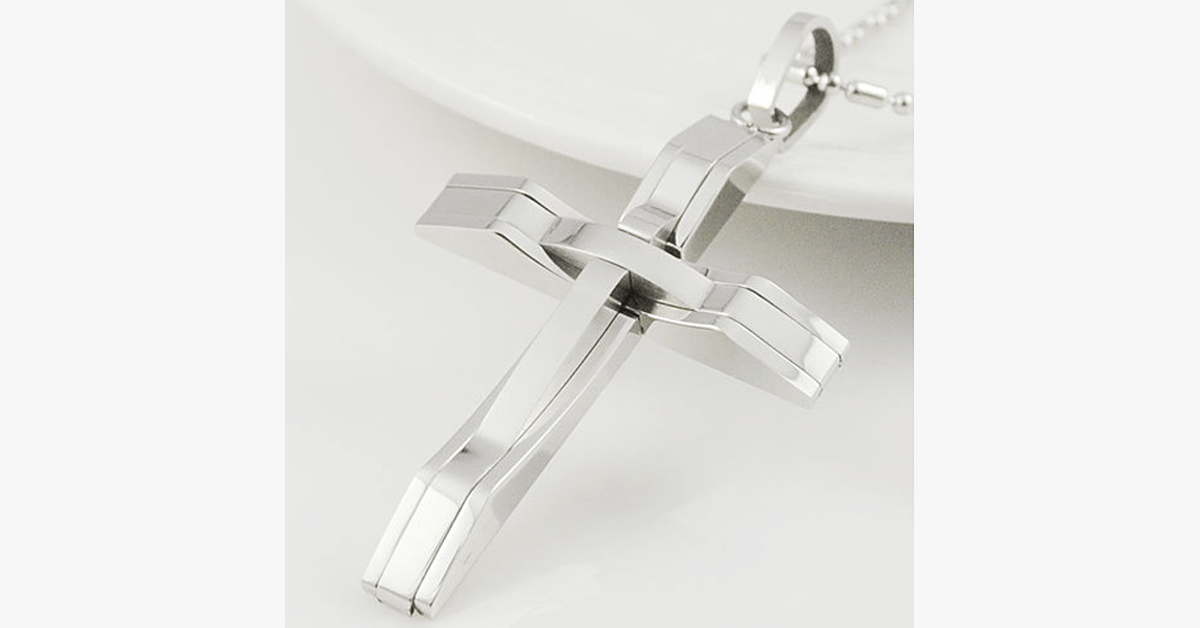 Stunning Cross Necklace For Men – Completes Your Look!