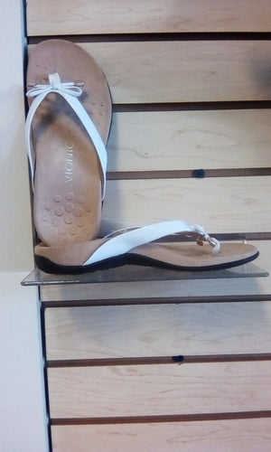Vionic Rest Bella ll Toe Post Sandal White