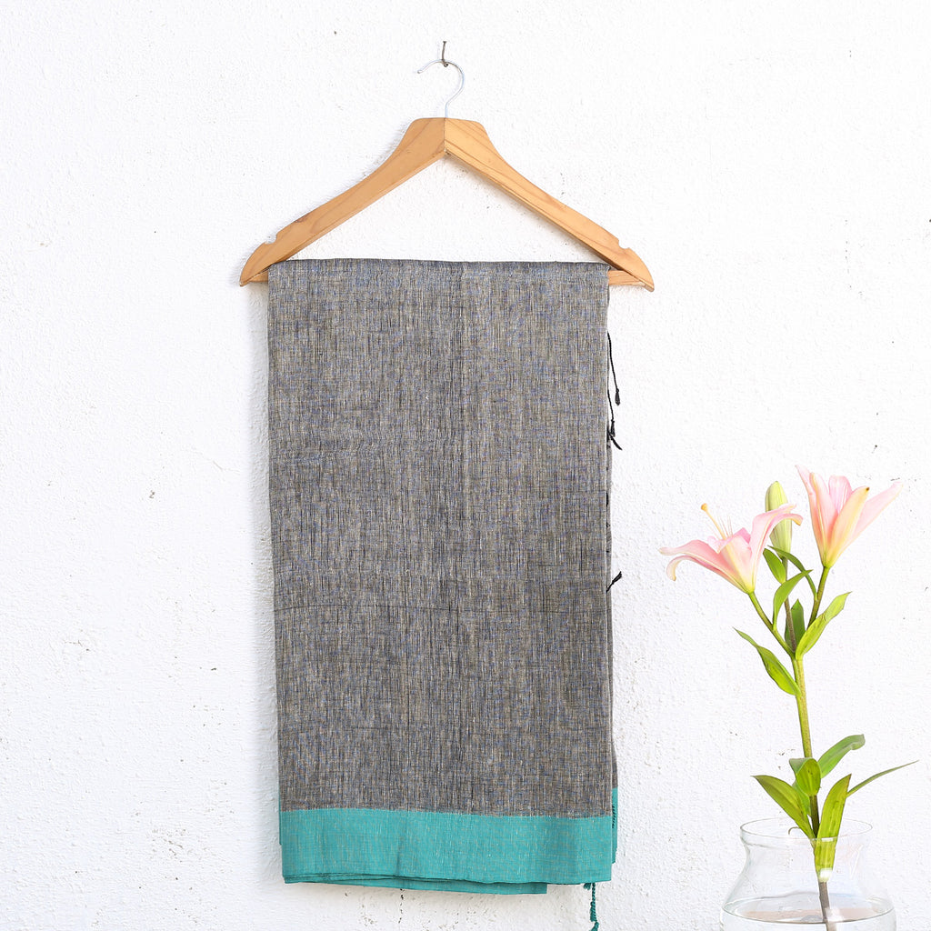 Phulia Handloom Saree with Blouse in Cotton Linen 2