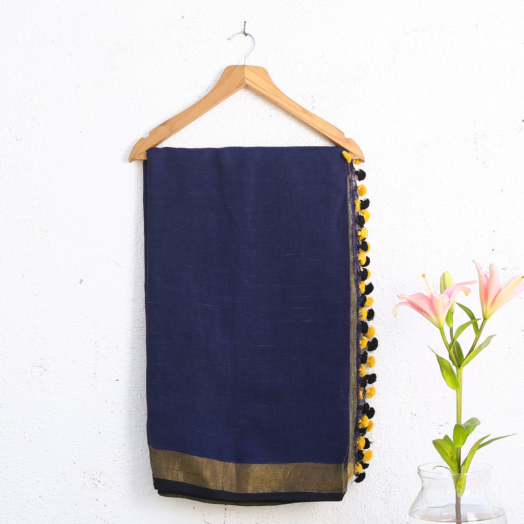 Phulia Handloom Saree with Blouse in Linen 1