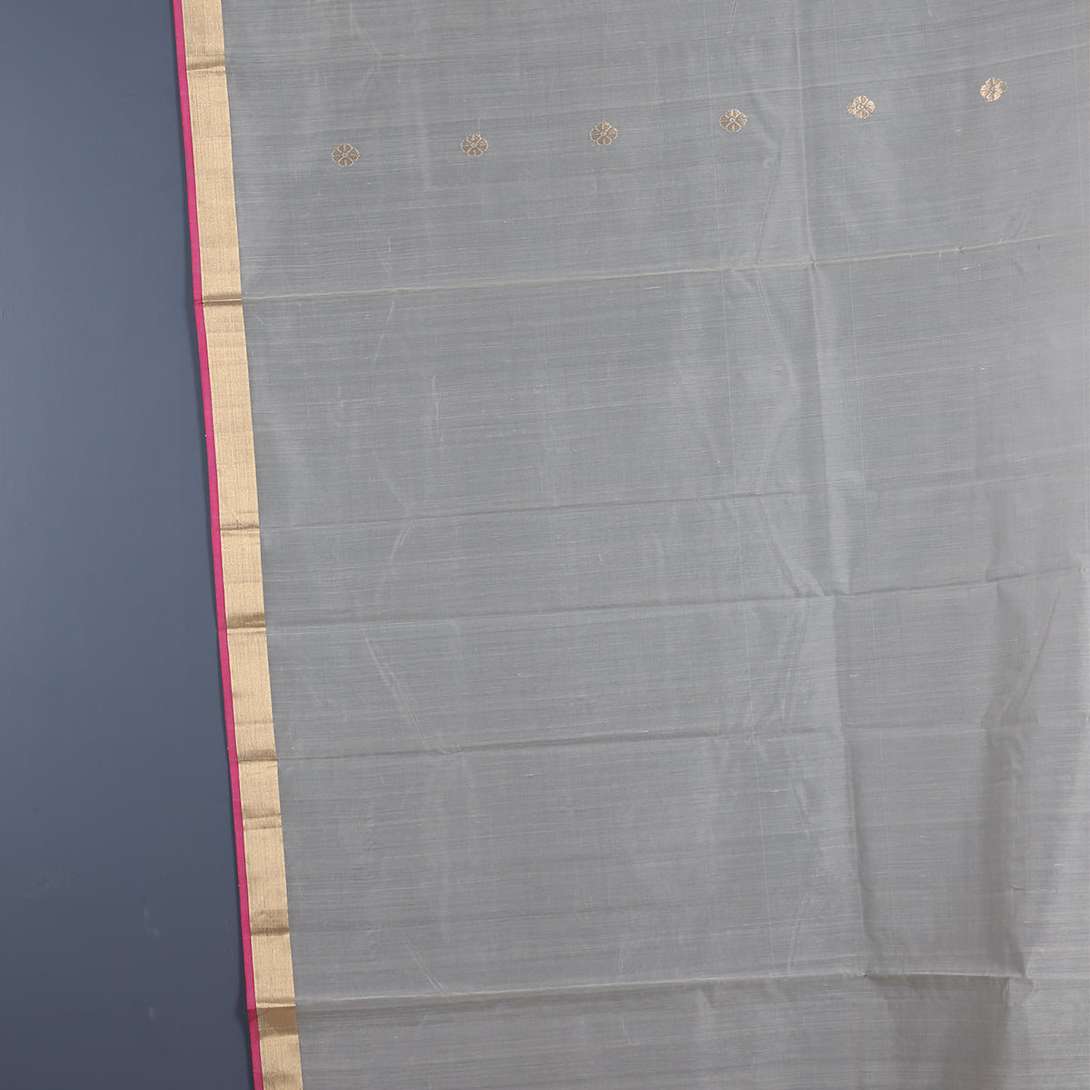 Chanderi Handloom Saree with Blouse in Silk Cotton 40