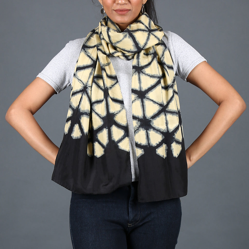 Kutch Tie & Dye Stole in Gajji Silk with Clamp Dye 8
