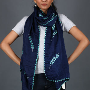 Indigo coloured Kutch Bandhni Stole in Gajji Silk with leaf design