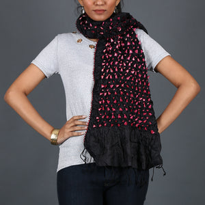 Black coloured Kutch Bandhni Stole in Tussar Silk with pink knots