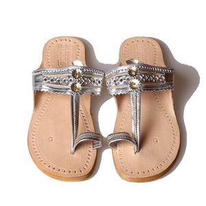 Metallic Silver Coloured Kolhapuri Flat Chappals in Leather