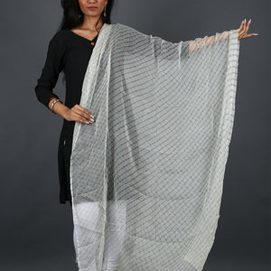 Cream Coloured Jaipur Leheriya Dupatta in Georgette