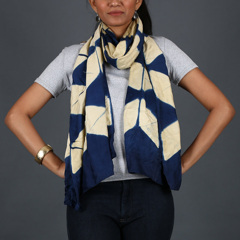 Kutch Tie & Dye Stole in Gajji Silk with Clamp Dye 12