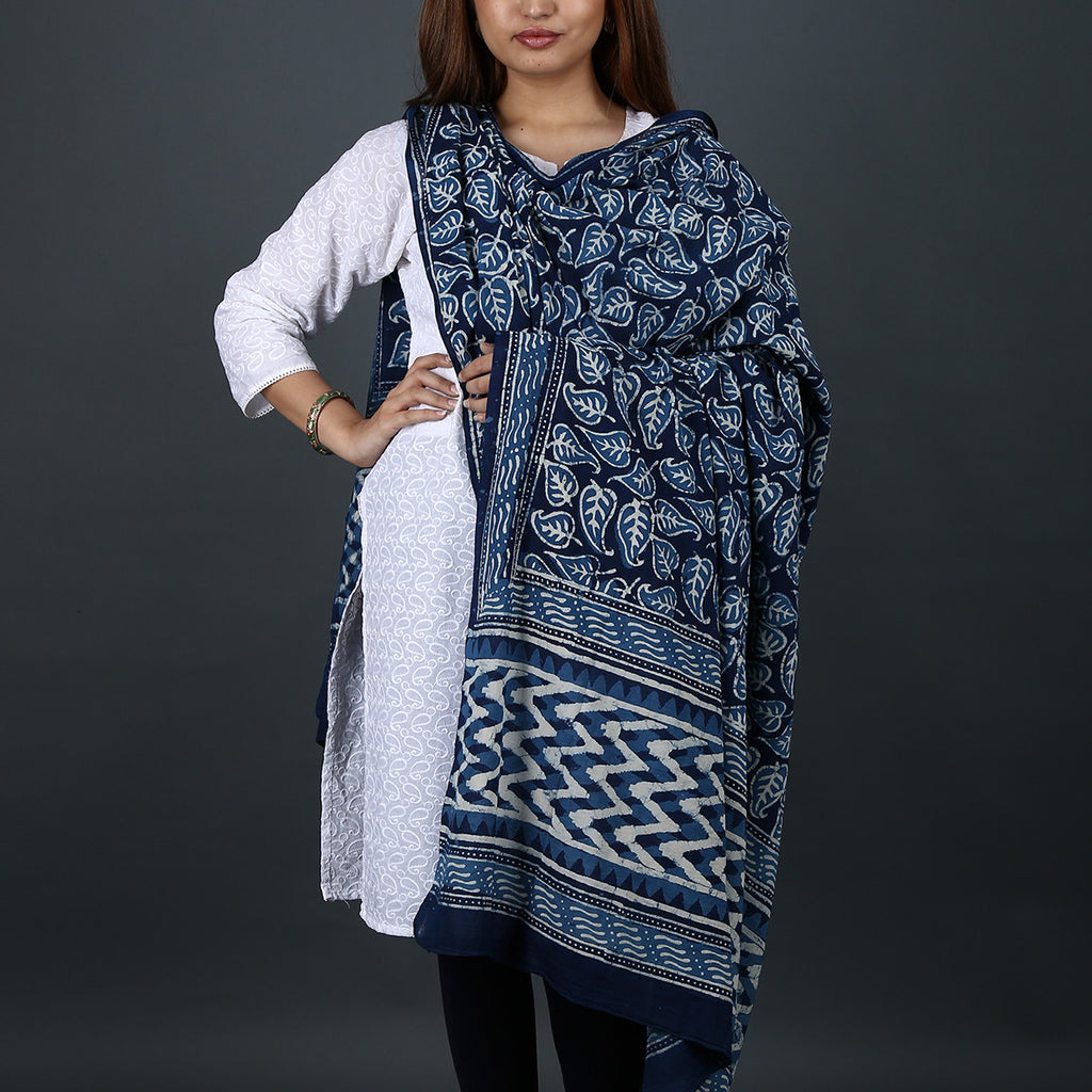 Natural Dyed Hand Block Printed Indigo Dabu Dupatta in Cotton 2